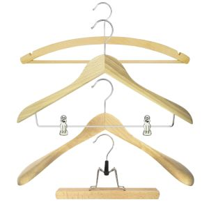 Kleiderbuegel-Holz